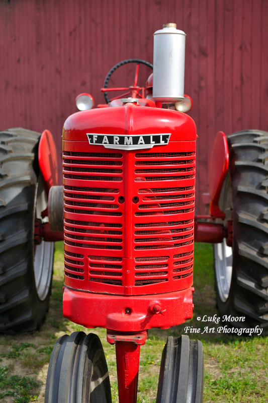 Vintage Farmall tractor prints and farmhouse decor by Luke Moore. #countrylife